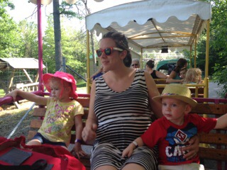 Keyless & Foodless:  Stranded at the Zoo